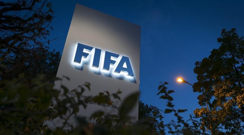 H FIFA «αδειάζει» την ΕΠΟ για τη διαιτησία!