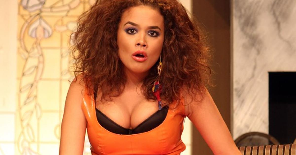 Ebony λεσβιακό σεξ πάλη